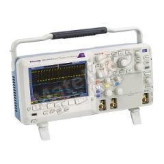 泰克 混合信号示波器 DPO2002B 记录长度:1 M 点 采样率:1 GS/s  台